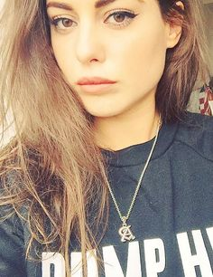 Louise Thompson caused a lot of confusion with *this* Instagram snap last night...