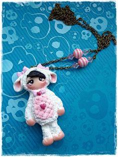 dolly im  Schaf Kostüm von Marions Traumlädchen auf DaWanda.com