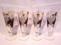 Footed Glass Pilsner Set Leaf Design Vintage Retro