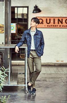 Photo )) Cha EunWoo & SeolHyun for S/S Collection of Lafuma Cha Eun Woo, Korean Men, Korean Actors, Kpop, Boy Fashion, Mens Fashion, Cha Eunwoo Astro, Lee Dong Min, Pre Debut
