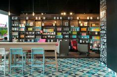 Marzua: Cadena de cafeterías Cielito Querido Café diseñado por Ignacio Cadena y Héctor Esrawe