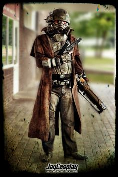 NCR Veteran Ranger from Fallout New Vegas by ~Nanahra Ncr Ranger, Ranger Armor, Cool Costumes, Cosplay Costumes, Kingdom Hearts Cosplay, Fallout Fan Art, Fallout Cosplay, Steampunk, Fallout New Vegas