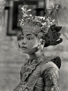 Dancing Girl, Bali, 1930  by E.O. Hoppé