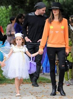 Alessandra Ambrosio Photos: Alessandra Ambrosio & Family Out Trick Or Treating