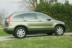 How cute would it be to get my dream car and dress it up as tinkerbell? So cute. green honda crv | 966d1208647669-my-new-green-tea-metallic-cr-v-2008-honda-cr-v.jpg