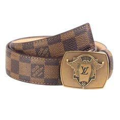 Designer Belts Wallets Men Winter Collection offers a complete range of classic designs of men accessories. Louis Vuitton Mens Belt, Louis Belt, Shades For Men, Luxury Belts, Versace, Designer Belts, Leather Belts, Men's Belts, Winter Collection