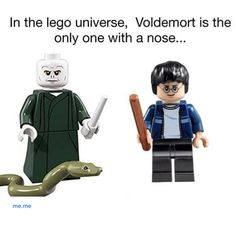 """Here Are 65 Of The Funniest Things """"Harry Potter"""" Fans Ever Posted Lily Potter, James Potter, Harry Potter Puns, Harry Potter World, Voldemort Nose, Satire, Lego Memes, Lego Universe, Slytherin"""
