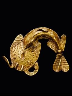ancient-serpent: Pendant from the Asante people of Ghana, Gold alloy Asante are also known as Ashanti Ethnic Jewelry, African Jewelry, Jewelry Art, Jewelry Design, Ancient Jewelry, Antique Jewelry, Afrique Art, Bronze, Rose Gold Jewelry