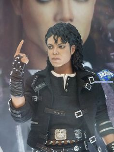 1000 images about michael jackson dolls and dioramas on for Three jackson toy