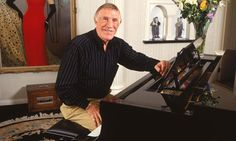 Bruce Forsyth Talks About His Family & Home Life