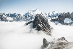Searching for the most beautiful places in Switzerland? These are the MUST-SEE destinations and where to stay in each spot! Mountain Love, Snow Mountain, Mountain Hiking, Mountain Range, Islamic Wallpaper, Hd Wallpaper, Desktop Wallpapers, Nature Wallpaper, Iphone 7 Plus Wallpaper