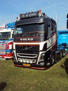 Volvo FH. M de groot