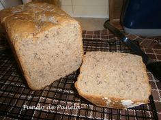 Fundo de panela: Pão de sementes de sesamo e linhaça