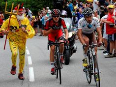 Didi the Devil & Riblon of AG2R the eventual winner - Alpe d'Huez delivered some stunning imagery at the #TDF today. Here's our stage 18 gallery