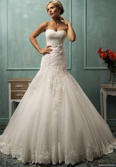 amelia-sposa-2014-arabella-fit-and-flare-wedding-dress