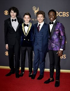All the Looks From the Emmys Red Carpet The Emmys, Attractive People, Stranger Things Kids, Donald Glover, Red Carpet Fashion, Stylish Men, Tv Shows, It Cast, Style