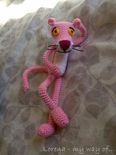 Amigurumi Pink Panther / Pantera Rosa [updated / Actualizado] by my way of. Animal Knitting Patterns, Crotchet Patterns, Amigurumi Patterns, Crochet Gifts, Crochet Dolls, Crochet Yarn, Yarn Animals, Crochet Animals, Rosa Panther