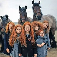 An unusual shot. A family of red heads! Beautiful. #photograph #children #redheads #beautiful #unusual #childrenof the world