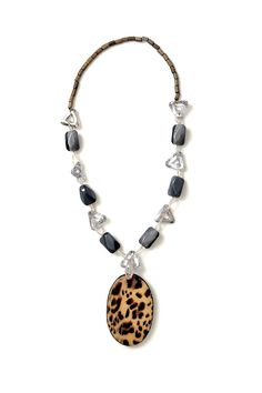 Axel Accessories : ESHOP WOOD.NECKLACE W/GREY BEADS - ONE BIG LEOPARD