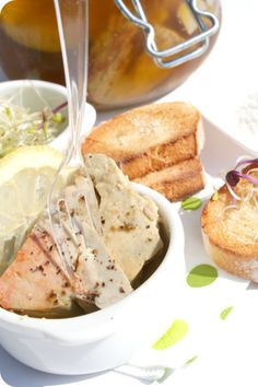 """Les Cuisines de Garance: Ceçi n'est pas du Foie gras mais du Foie de Lotte façon """" Foie gras"""" ..."""