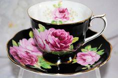 RARE VTG ROYAL ALBERT CROWN CHINA ENGLAND BLACK ROSE AMERICAN BEAUTY TEA CUP SET