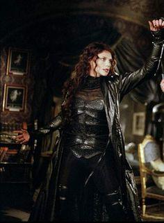 Mina Harker, from the movie, League of Extraordinary Gentleman (2003), vampire - played by Peta Wilson