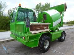 We sell cheap Concrete Merlo DBM 3500 EV Second Hand. Manufacture year: 2002. Working hours: 3608  Weight: 7300 kg. Excellent running condition. Ask us for price. Reference Number: AC2394. Baurent Romania.