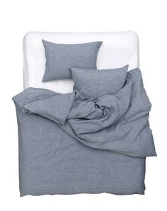 Blue Melange Linen Duvet Covers / Pillows and Fitted Sheets. A unique development in linen bedding from our master weaver in Italy. This panama linen Duvet Bedding Sets, Linen Duvet, Comforters, Cheap Linens, Pottery Barn Teen Bedding, Hotel Collection Bedding, Affordable Bedding, Bed Styling, Cool Beds