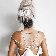 "Sun's out, Buns out! ☀️☀️☀️ Loving this pretty ""Updo"" from Emily Rose Hannon #COLAB #DryShampooIsLife #Bun #HairInspo Available Superdrug feelunique.com BeautyMart UK Cloud 10 Beauty"