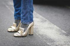 20 idee per indossare calzini e tacchi alti in inverno. Per la guida all'uso di calzini e tacchi con tante foto da cui prendere ispirazione e non sbagliare.