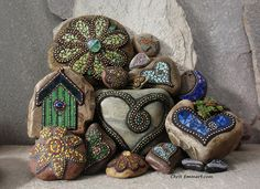 Mosaic Garden Stones by Chris Emmert, via Flickr