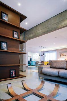 spacious TV room //  the Maranhão Apartment in São Paulo, Brazil