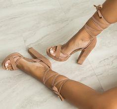 Beautiful shoes Pinterest@evymarchal