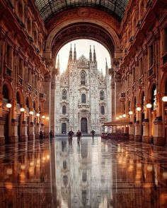 Milan is one of the most popular cities in Italy. Find out the best things to do, places to see and where to eat if you're only visiting Milan for one day. Places Around The World, Oh The Places You'll Go, Places To Travel, Travel Destinations, Travel Deals, Italy Vacation, Vacation Spots, Wonders Of The World, Travel Inspiration