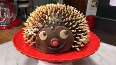 Egeltjestaart - Recept | 24Kitchen Rudolph's Bakery, Bakery Kitchen, Desserts, Food, Cupcakes, Camping, Recipes, Tailgate Desserts, Campsite