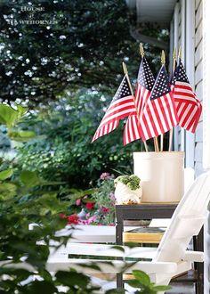 Summer porch decorat