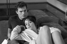 Director Sam Taylor-Johnson gets in bed with Jamie Dornan and Dakota Johnson for the screen adaptation of Fifty Shades of Grey. Go behind the scenes here. Shades Of Grey Movie, Fifty Shades Darker, 50 Shades, Sam Taylor Johnson, Dakota Johnson, Fallen Tv Series, Fifty Shades Series, Cinema, Universal Pictures