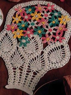 Crochet - A spring basket of colorful flower that will decorate your home all year-round without wilting or fading! Hand Stitch Embroidery Patterns, Free Crochet Doily Patterns, Crochet Designs, Freeform Crochet, Thread Crochet, Crochet Ripple Blanket, Crochet Dollies, Crochet Flower Tutorial, Pineapple Crochet