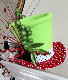 Top Hat Christmas Tree Topper FREE SHIPPING Tree Topper