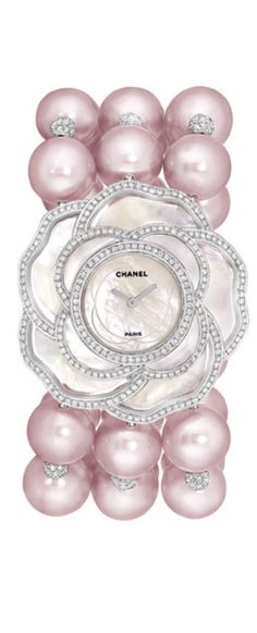 LES PERLES DE CHANEL COLLECTION: Pearls and mother of pearl watch with diamonds Camélia Nacré