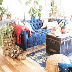 New Living Room Decor Blue Couch Ottomans 54 Ideas Blue Living Room Decor, New Living Room, Couch With Ottoman, Home Design, Interior Design, Blue Couches, Deco Design, Unique Home Decor, Decoration