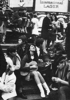 "mammothswoon: "" Vashti Bunyan plays to the crowds in 1968 """