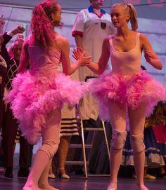 Carrousel - Flamingo dance 2