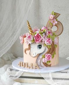 Unicorn Cake Design, Easy Unicorn Cake, Unicorn Cake Topper, Unicorn Cakes, Baby Cakes, Baby Birthday Cakes, Girl Cakes, Unicorn Birthday, Fondant Cakes