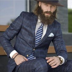 We love suits so much that we dedicate this board to incredible styles and icons… Herringbone Jacket, Look Formal, Dapper Gentleman, Well Dressed Men, Beard Styles, Stylish Men, Hats For Men, Elegant, Mens Suits