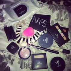 I love me some makeup!