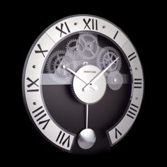 Horloge murale Betty, de design contémporain