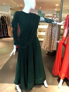Cowl layered floor length Indian gown Stylish Dresses, Simple Dresses, Beautiful Dresses, Fashion Dresses, Indian Gowns, Indian Attire, Indian Wear, Pakistani Outfits, Indian Outfits