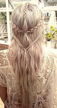 Boho Hairstyles with Braids Bun Updos amp; Other Great New Stuff to Try Out 26 Boho Hairstyles with Braids Bun Updos amp; Other Great New Stuff to Try Boho Hairstyles with Braids Bun Updos amp; Other Great New Stuff to Try Out Elven Hairstyles, Pretty Hairstyles, Wedding Hairstyles, Renaissance Hairstyles, Hairstyle Ideas, Boho Hairstyles For Long Hair, Formal Hairstyles, Latest Hairstyles, Braided Hairstyles For Long Hair