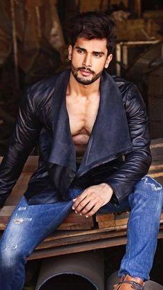 Rohit Khandelwal Diehard look Hairy Men, Bearded Men, Boys Lindos, Arab Men, Indian Man, Hommes Sexy, Looks Style, Beard Styles, Male Beauty